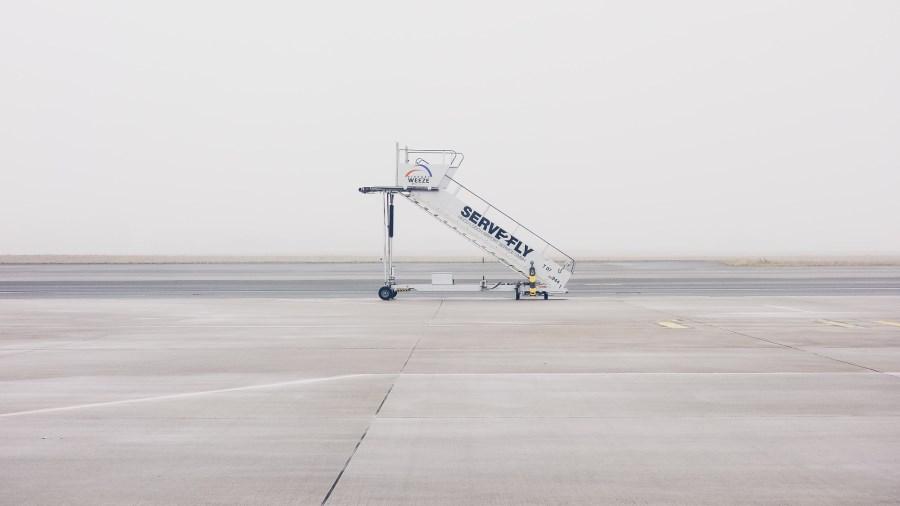 Mobile Flugzeugtreppe
