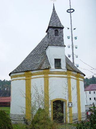 Kirche im Zentralbúuaustil