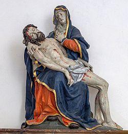 Pietà in der Kirche Hl. Dreifaltigkeit in Weihenlinden
