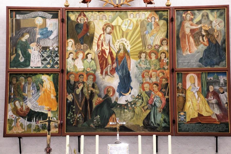 Altarbild offen aktuell