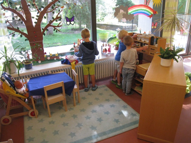 Gruppenraum mit Spielküche