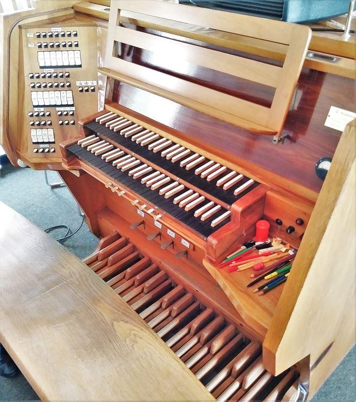 St.Johannes-Orgel Spieltisch