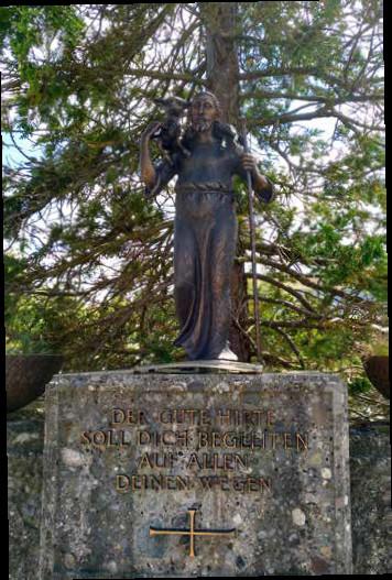 Der Gute Hirte Bronzefigur