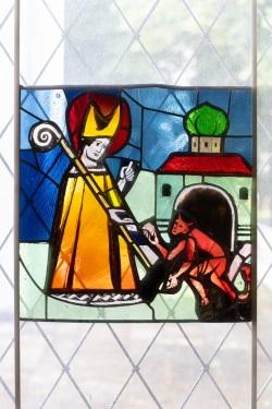 St. Wolfgang, München Haidhausen, Glasfenster in der Sakristei