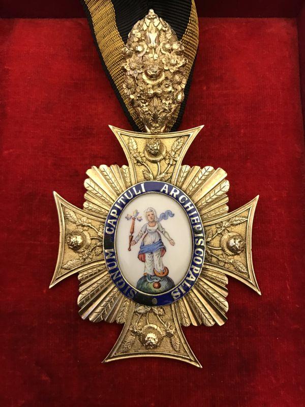 Kapitelzeichen des Domdekans, 1822; vergoldetes Silber, Email