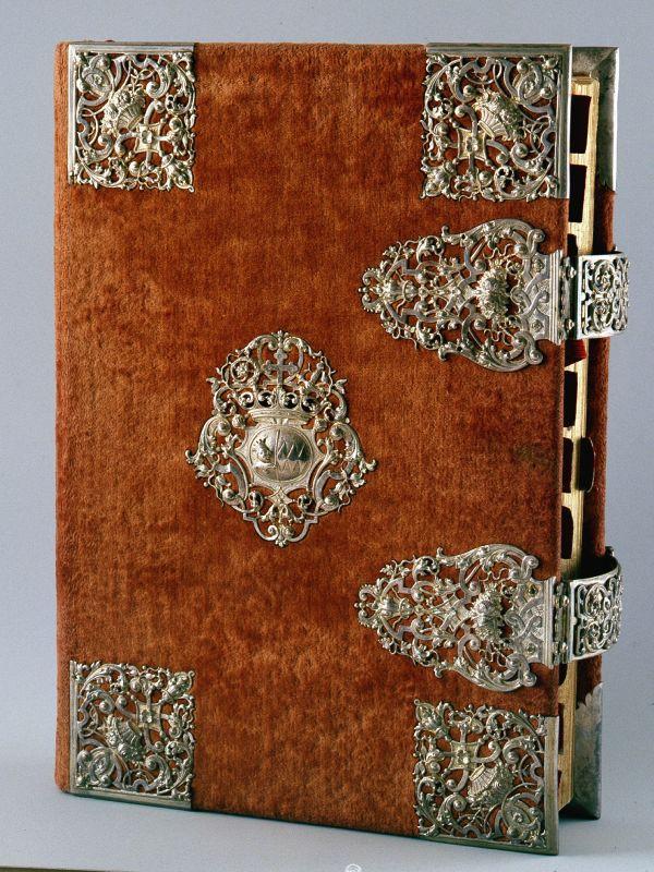 Missale, 1923, mit Samteinband und Silberbeschlägen, um 1700