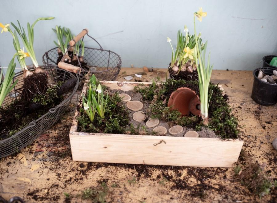 gestalteter Ostergarten für Zuhause