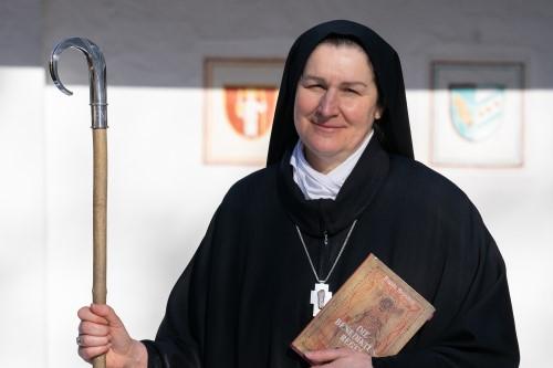 Schwester Francesca Simuniova