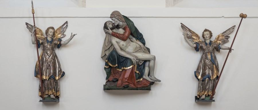 Pieta in kompletter Ansicht