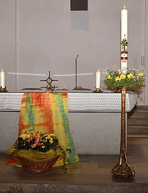 Österlicher Altar