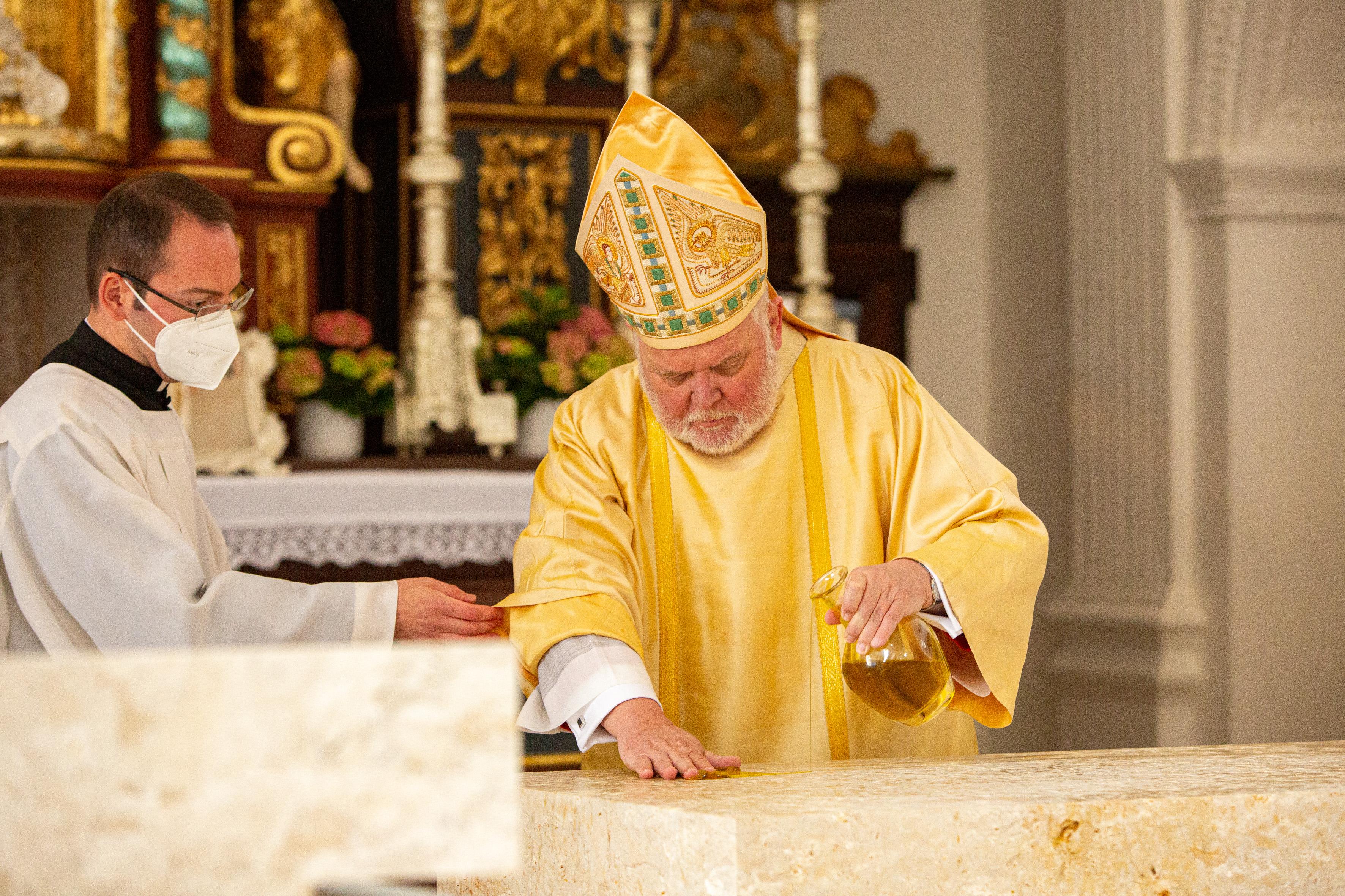 Altarweihe Chrisamöl