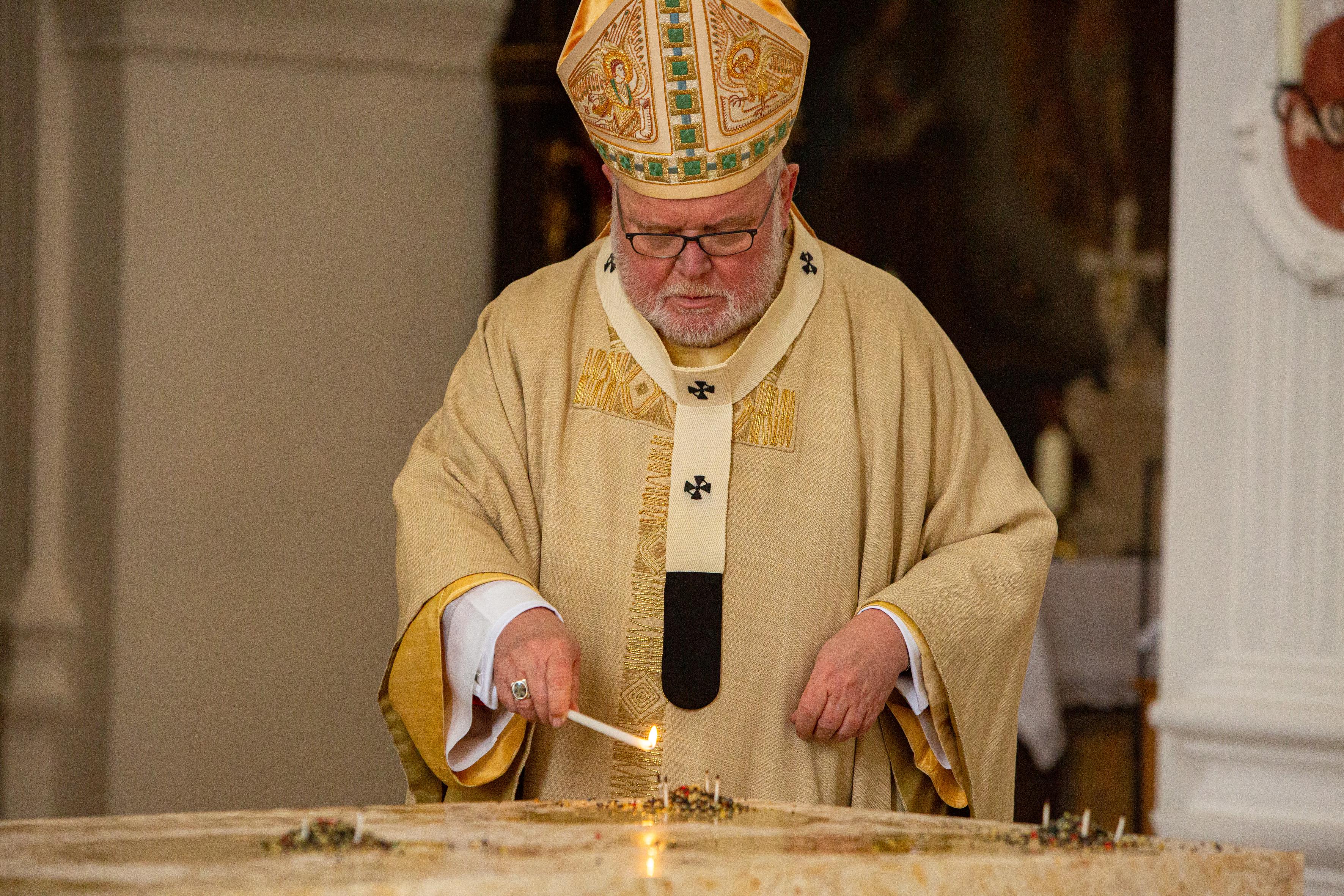 Altarweihe Weihrauch