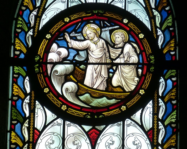 Kirchenfenster Jesus gebietet dem Sturm