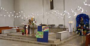 Taubenaktion Altar