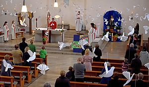 Gottesdienst am Pfingstsonntag 1