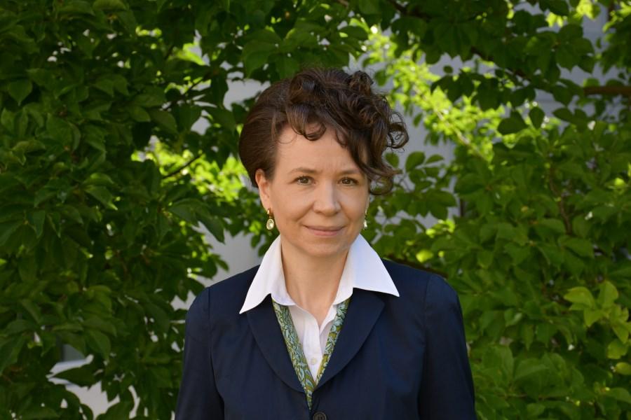 Auf dem Foto sieht man Dr. Sandra Krump. Sie ist Mentoring.