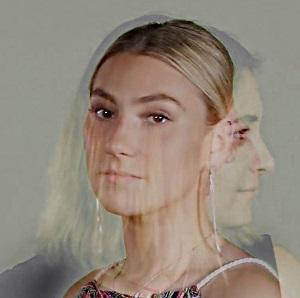 Bild einer Frau aus der Serie Von Ewigikeit zu Ewigkeit von Hunstein