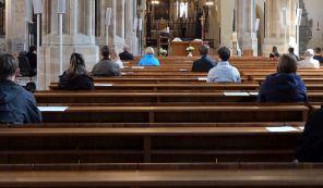 Messe während Corona im Erfurter Dom