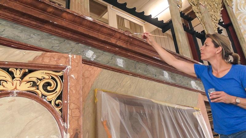 Orgelneubau St. Oswald Traunstein_Restaurierung des Gehäuses